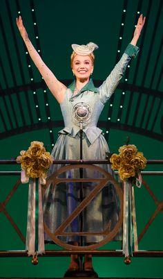 Photo 1 of 14   Caroline Bowman as Elphaba and Kara Lindsay as Glinda in Wicked   Wicked: Show Photos   Broadway.com