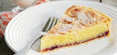 With its buttery pastry filled with almond sponge bakewell tart is a jammy teatime treat. Served with a little cream, it makes a classic dessert Tart Recipes, Baking Recipes, Baking Ideas, Homemade Desserts, Delicious Desserts, British Pudding, Sainsburys Recipes, Bakewell Tart, Classic Desserts