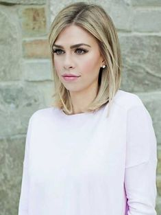 wanna give your hair a new look? Long bob hairstyles is a good choice for you. Here you will find some super sexy Long bob hairstyles, Find the best one for you, Medium Hair Cuts, Short Hair Cuts, Medium Hair Styles, Short Hair Styles, Short To Medium Hair, Long Bob Thin Hair, Bob Styles, Short Blonde Haircuts, Medium Bob Hairstyles