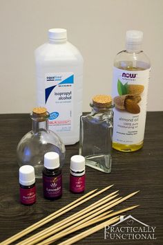 How To Make Your Own Reed Diffuser: Much less expensive than buying one, and they work great! Your home will smell amazing in just a few hours! cup almond tsp rubbing alcohol drops of essential oils. Homemade Reed Diffuser, Diffuser Diy, Diffuser Recipes, Reed Diffuser Oil, Diffuser Blends, Diy Fragrance Diffuser, Do It Yourself Baby, Home Scents, Essential Oil Uses