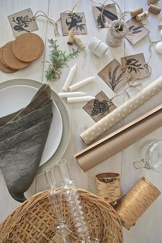 Ideas and inspiration for stylish and sustainable Tu B'Shevat seder table decor from @chaihome  www.themodernjewishwedding.com