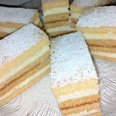 Rumos mézes krémes házi recept alapján | Nosalty Cornbread, Vanilla Cake, Sweets, Snacks, Cookies, Ethnic Recipes, Food, Sheet Cakes, Millet Bread