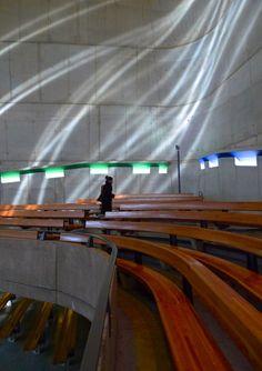 ル・コルビュジェ/サン・ピエール教会/2006/没41年後
