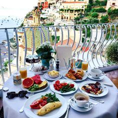 I'll miss this breakfast view ☕️