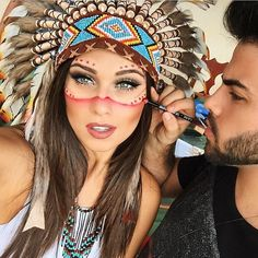 Halloween costumes for pregnant moms are already fun. Matching your costume to your older child's will make the holiday even more memorable! Halloween 2017, Halloween Make Up, Halloween Party, Halloween Outfits, Hallowen Costume, Diy Costumes, Karneval Outfits, Make Carnaval, Indian Costumes