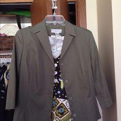 Brooks Brothers 3/4 sleeve chopped jacket Nice can dress up or down Brooks Brothers Jackets & Coats Blazers