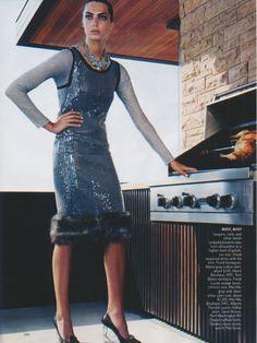 Vogue US Vogue September 2004 Editorial: Day Dreams Hair: Julien d'Ys Makeup: Gucci Westman Stylist: Grace Coddington Photographer: Steven Klein Models: Daria Werbowy, Natalia Vodianova, & Gemma Ward