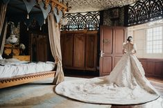 gown philippines You Will Fall in Love with This Regal Filipiniana Wedding in Bataan! Modern Filipiniana Gown, Filipiniana Wedding Theme, Wedding Gowns, Perfect Wedding Dress, Dream Wedding, Wedding Blog, Wedding Themes, Wedding Designs, Wedding Ideas