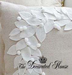 The Decorated House: ~ Pottery Barn Wreath Pillow Knock-Off  Christmas