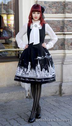 Moi meme moitie gothic lolita
