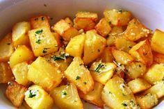 Batata frita na panela de pressão  Ingredientes Batatas Óleo para cobrir  Modo de fazer Descasque e corte...