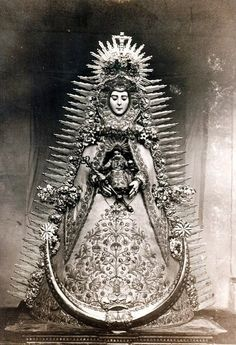 I shall not walk your ways again. - Anne Carson, from Grief Lessons: Four Plays by Euripides Tim Burton, Lady Madonna, Queen Of Heaven, Graffiti, Spiritus, Antique Photos, Religious Art, Virgin Mary, Vintage Photography
