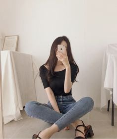 47 Women Korean Fashion That Will Make You Look Cool Korean Fashion Outstanding Women K Korean Fashion Trends, Korean Street Fashion, Korea Fashion, Asian Fashion, Look Fashion, Girl Fashion, Fashion Outfits, Fashion Tips, Fashion Ideas