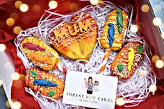 Chocolate Hearts, Bright Colours, Parrot, Birthday Cake, Sugar, Cakes, Create, Desserts, Food