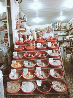 Puestecito en el mercado de Ereván