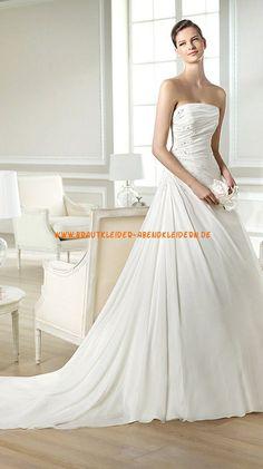 Schlicht  Brautkleider Frankfurt 2014 aus Satin mit Applikation