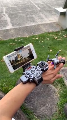 Gadgets Électroniques, High Tech Gadgets, Cool Gadgets To Buy, Home Gadgets, New Technology Gadgets, Futuristic Technology, Cool Inventions, Cool Tech, Useful Life Hacks