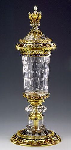 """Court of Burgundy Gobelet"" from crystal carving Engraving of the rock with gold, silver gems. France ca.1453"