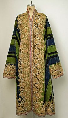 Caftan. Asian, Central (Bokharan peoples). silk, gold. 19th century.