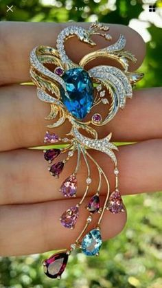 Victoria-Wick-Peacock-Pin-Real-Diamonds-And-Gemstones-Real-Yellow-Gold