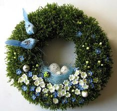What a beautiful spring wreath, I love the fullness of the greenery and Bird decor. This is an elegant decor idea for your front door. Spring Crafts, Holiday Crafts, Holiday Decor, Easter Wreaths, Christmas Wreaths, Easter Bunny Eggs, Diy Easter Decorations, Tiny Flowers, Summer Wreath