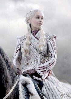 "Emilia Clarke as Daenerys Stormborn of House Targaryen in ""Game of Thrones"" (HBO. - Game of thrones - Dessin Game Of Thrones, Arte Game Of Thrones, Game Of Thrones Facts, Game Of Thrones Costumes, Game Of Thrones Quotes, Game Of Thrones Funny, Game Of Thrones Khaleesi, Game Of Thrones Dragons, Game Of Thrones Characters"