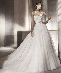 #weddingdress #sleek #gorgeous