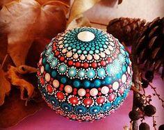Three-dimensional Mandala sphere by Valeria Campagña