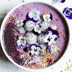 Gooood morning berry bunch! Our 100% pure preservative free Blueberry Powder has found it's way to top @alphafoodie 's smoothie bowl!! Did you know our Arctic blueberry powder can have even three times the antioxidants compared to cultivated blueberries and a lot higher anthocyanin levels it's made with super-bluebs from the Arctic! You can get the berrypowders through @ocadouk @Harrods @wholefoodsmarketuk @selfridgesfood @fenwicknewcastle or worldwide through…