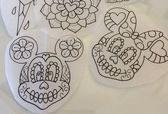 of the dead minnie & mickey - alex strangler Chicanas Tattoo, Body Art Tattoos, Tattoo Drawings, Cool Tattoos, Tattoo Flash, Tatoos, Alex Strangler, Mickey Tattoo, 3d Templates