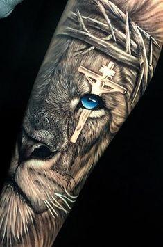 40 Photos lion tattoos [des femmes et des hommes] # 2 - Top Tattoos - 40 lion tattoos photos [of women and men] # 2 – top tattoos ideas tattoo - Religious Tattoo Sleeves, Lion Tattoo Sleeves, Wolf Tattoo Sleeve, Religious Tattoos, Best Sleeve Tattoos, Top Tattoos, Tattoo Sleeve Designs, Arm Tattoos For Guys, Realistic Tattoo Sleeve