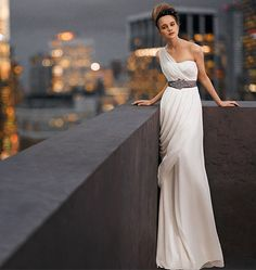 maybe i can DIY this, starting with a plain straight dress, just add the chiffon shoulder and drape finally adding a bejeweled belt