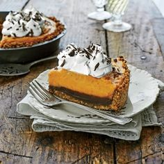 Perfect Pumpkin Pie Recipes: Black Bottom Pumpkin Pie