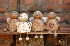 Keramika Christmas Angels, Christmas Crafts, Christmas Ornaments, Xmas, Clay Projects, Clay Crafts, Ceramic Pottery, Pottery Art, Clay Angel