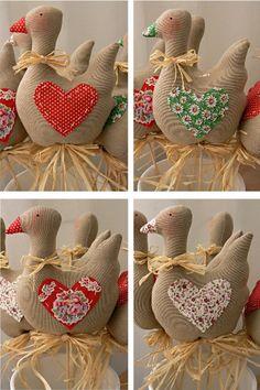 Všem moc děkuji za přízeň a strašně milé kometáře, moc si j Christmas Teddy Bear, Felt Christmas, Christmas Ornaments, Farm Crafts, Easter Crafts, Handmade Crafts, Diy And Crafts, Christmas Flower Decorations, Mothers Day Crafts