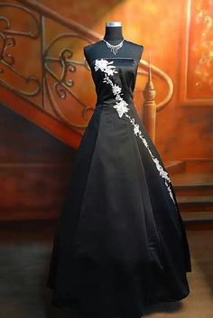 Black wedding dress!!!