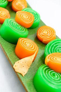 Homemade Jello Pinwheel Snacks in an easy to follow recipe!