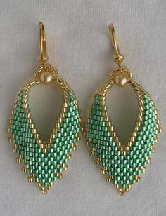 Seed Bead Russian Leaf Earrings Mint Green by pattimacs on Etsy