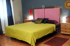 Elegant flat in Barcelona - Sants. Two double bedrooms, two bathrooms a cozy living room and a large terrace. 5 metro stops to the center. Sleeps 4 for just €77/night