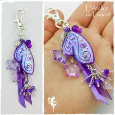 """Porte-Clés / Bijou de Sac """"Pixie"""" 4 Violet/Myrtille Glacée + paillettes, couleur dominante violette"""