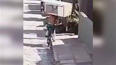 News-Tipp: Ungewöhnlicher Transport: Mit dem Kühlschrank aufs Rad: Dieser Mann fährt tatsächlich los - http://ift.tt/2gTEJpR #story