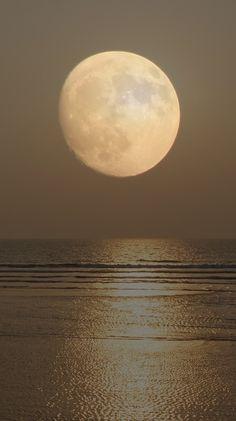 Lune de Goa