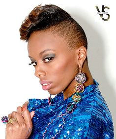 Pleasing Design For The Sides Of The Locs Shaved Sides Locs And Black Hairstyles For Women Draintrainus