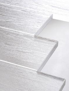 Transparent, plastic, (wood)