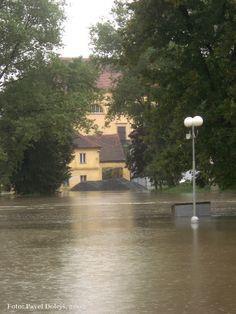 2002, Stod, povodeň, Radbuza, foto Pavel Dolejš. River, Outdoor, Outdoors, Rivers, The Great Outdoors