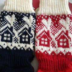 Neulojat loihtivat nyt upeita mökkisukkia! Katso kuvat versioista ja poimi ideoita | Kodin Kuvalehti Knitting Charts, Knitting Socks, Baby Knitting, Fair Isle Chart, Fair Isle Knitting, Christmas Knitting, Cool Socks, Knitted Bags, Yarn Crafts