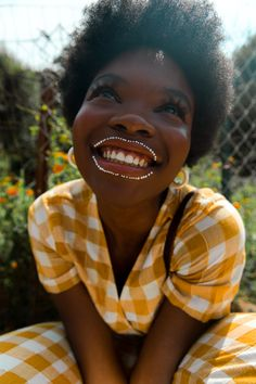 The Photographic Journal publishes Interviews, Articles, Features, and Photo Essays about Photography and its creative process Black Girl Magic, Black Girls, Foto Face, Pretty People, Beautiful People, Portraits, Black Girl Aesthetic, Poses, Mellow Yellow