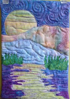Easy landscape art quilt pattern tutorial : moon over the mountains - Fabric Crafts To Sell Small Quilts, Mini Quilts, Quilting Projects, Quilting Designs, Art Quilting, Quilt Art, Textiles, Fabric Canvas Art, Landscape Art Quilts