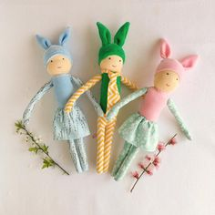 These big bunny dolls are perfect for Easter. Big Bunny, Natural Toys, Waldorf Toys, Imaginative Play, Easter Bunny, Kids Playing, Craft Supplies, Handmade Items, Etsy Seller