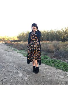 LuLaRoe fashion is comfortable, versatile, and chic. Amelia dress paired with Sarah Cardigan. Styling by LuLaRoe Pris and Julie.